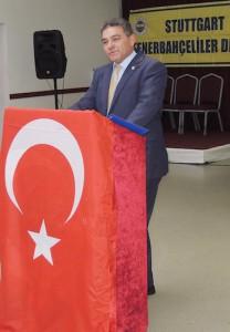 FB Stuttgart Başkanı Salih Şahin yüksek lisans ve ardından doktora eğitimine devam edebilmek için Başkanlığı devretti
